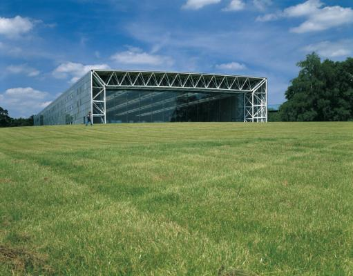 Figure 6. Sainsbury Center, Foster and Partners (1977).